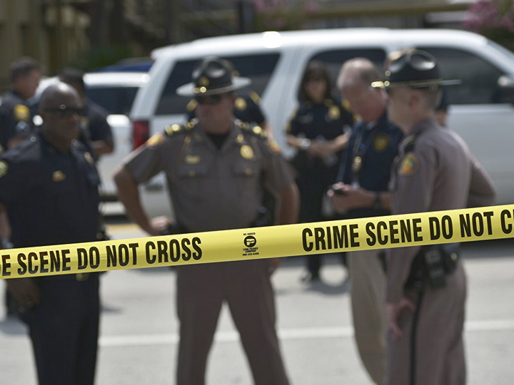 Во Флориде неизвестный открыл стрельбу по людям