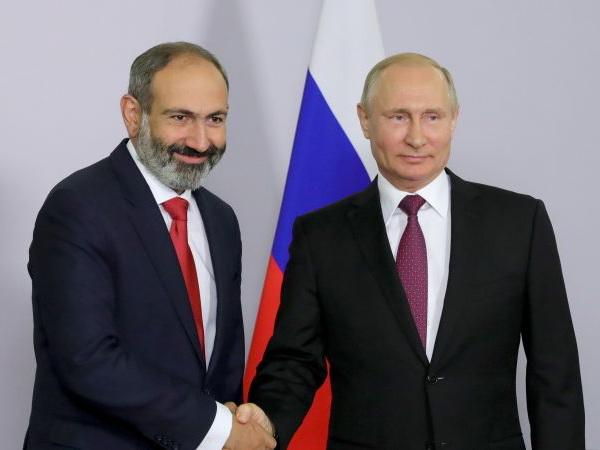 EURACTIVE: Успех «бархатной революции» в Армении зависит от РФ