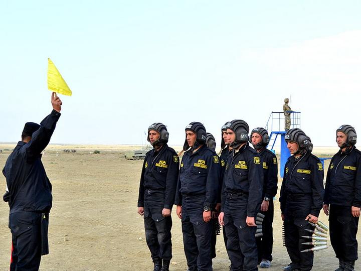 Экипажи БМП выполняют боевые стрельбы – ФОТО – ВИДЕО