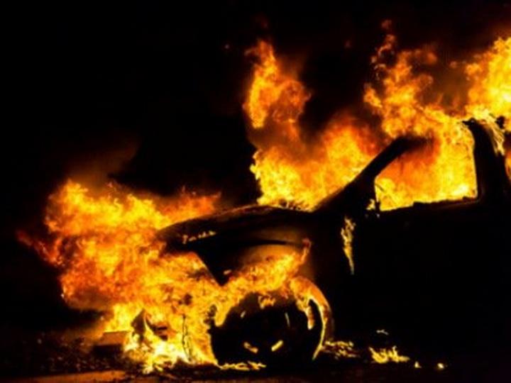 В армянском Гюмри сожжен автомобиль замначальника госпиталя российской военной базы