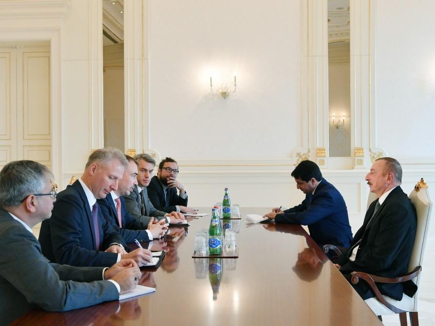 Президент Ильхам Алиев принял делегацию во главе со специальным представителем Европейского Союза