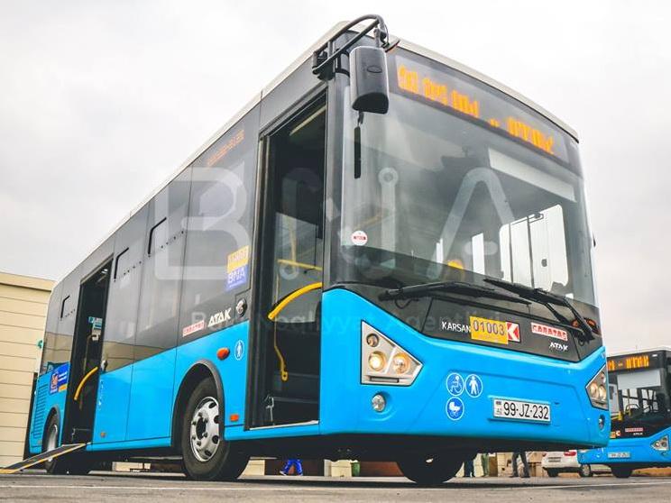 В Баку на печально известный маршрут привезли новые автобусы – ФОТО
