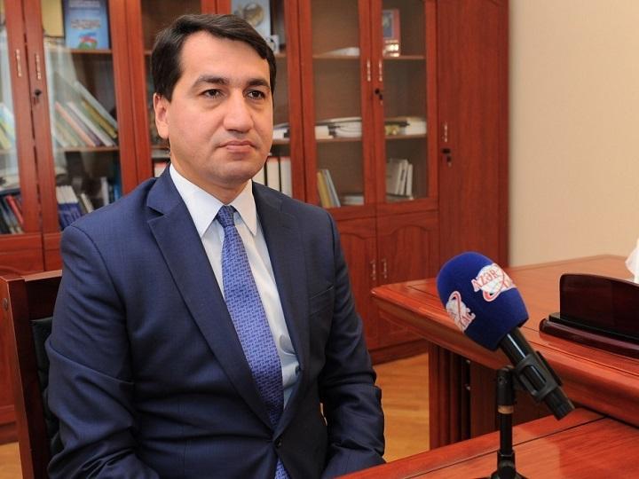 Hikmət Hacıyev: Prezidentin rəhbərliyiilə uğurlu xarici siyasət fəaliyyəti həyata keçirilir
