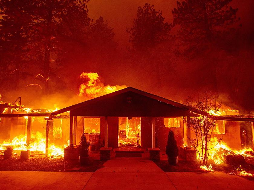 Ад на земле: Лесные пожары в Калифорнии уничтожили город Парадайс, на очереди Малибу – ФОТО – ВИДЕО