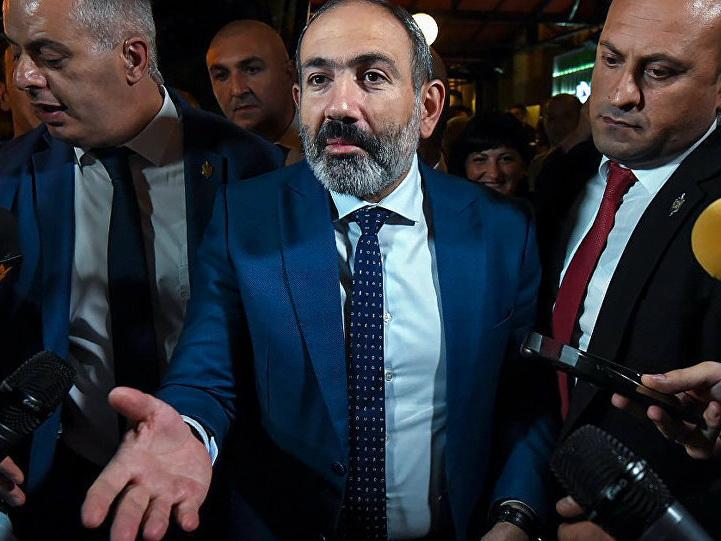 Пашинян предлагает «батл» первым лицам партий