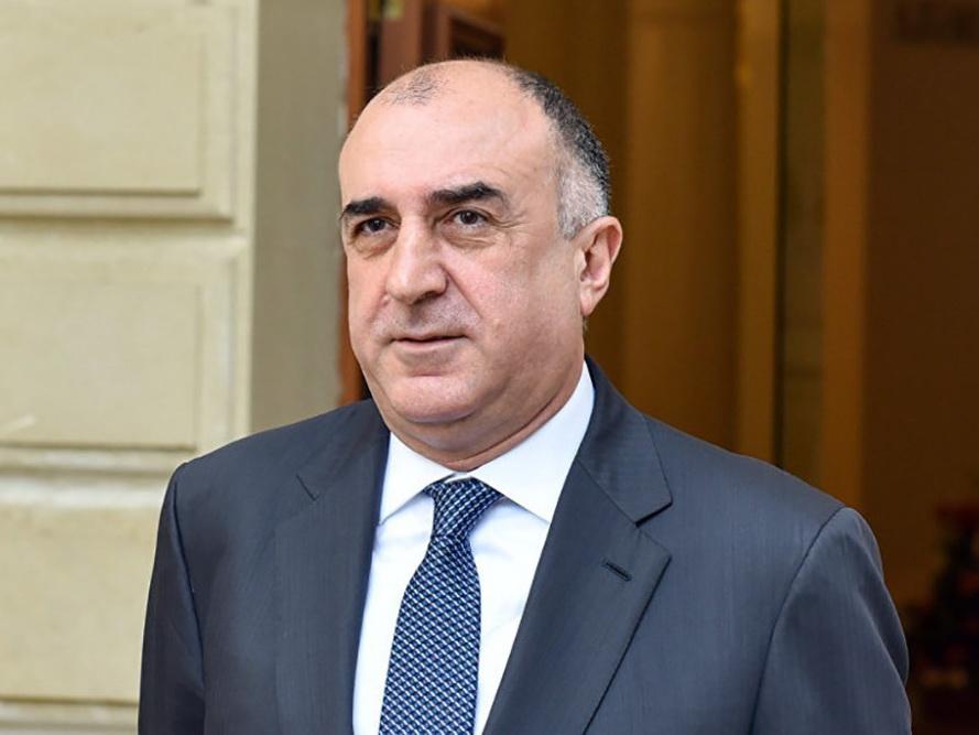 Эльмар Мамедъяров отбыл с визитом в Турцию