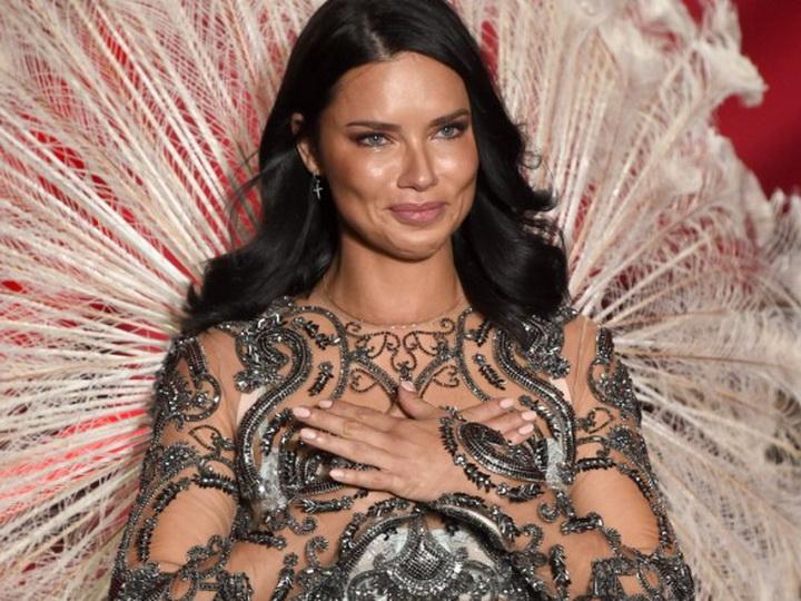 Больше не ангел: чем займется покинувшая в слезах шоу Victoria's Secret супермодель Адриана Лима? – ФОТО – ВИДЕО