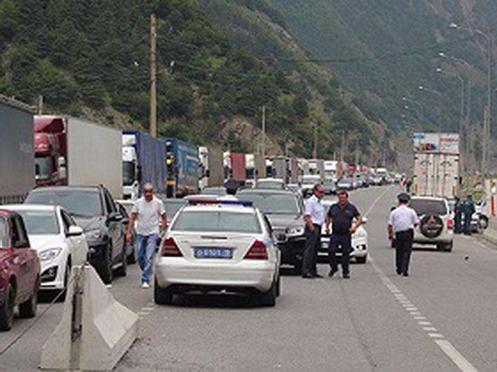 СМИ: Армянские автомобили не пускают в Россию, власти бездействуют