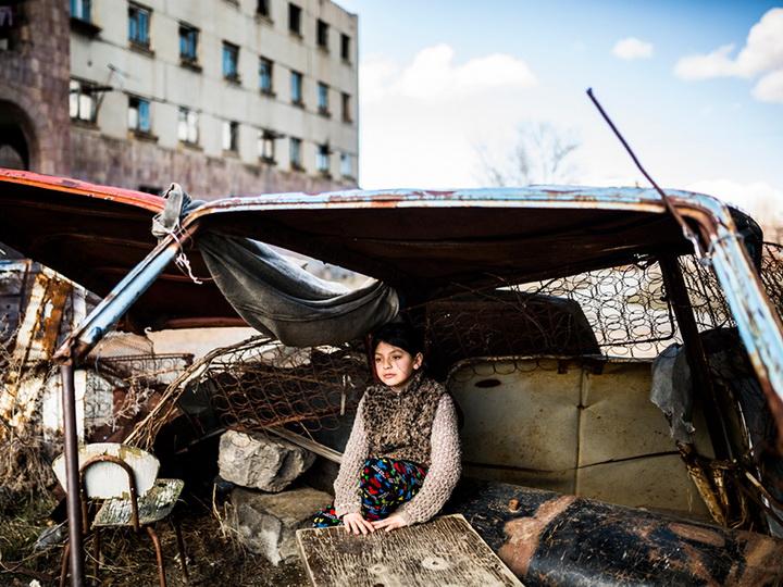 Армянский Гюмри: более 30 лет люди выживают в нечеловеческих условиях – ФОТОРЕПОРТАЖ