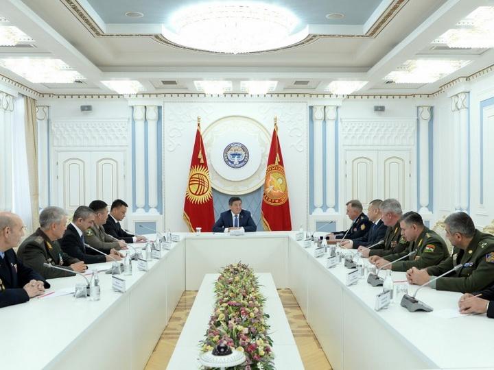 Президент Кыргызской Республики встретился с участниками 80-го заседания СКПВ государств-участников СНГ - ФОТО