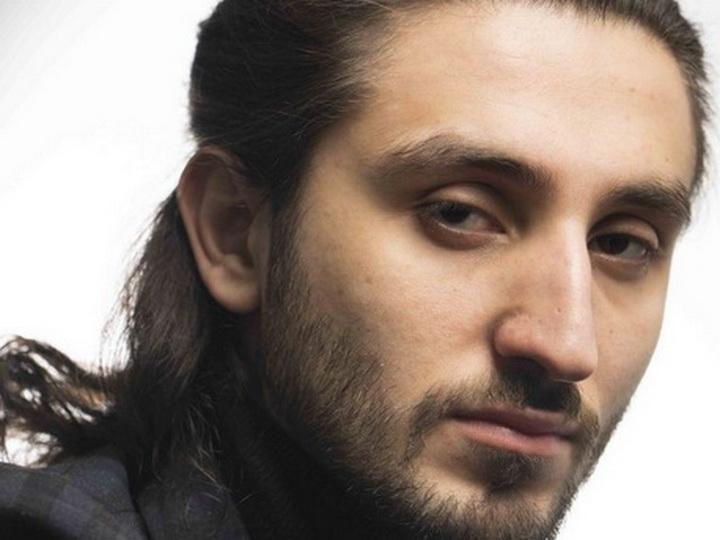 «November»: Исфар Сарабский продолжает экспериментировать с электронной музыкой – ВИДЕО