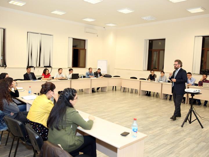 Программа MBA в Бакинской Высшей школе нефти: учиться управлять у менеджеров – ФОТО