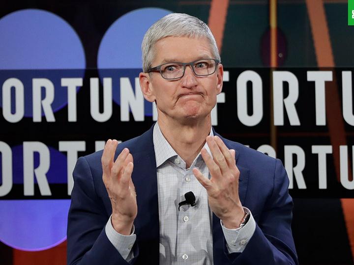 Глава Apple рассказал, что стал реже пользоваться iPhone