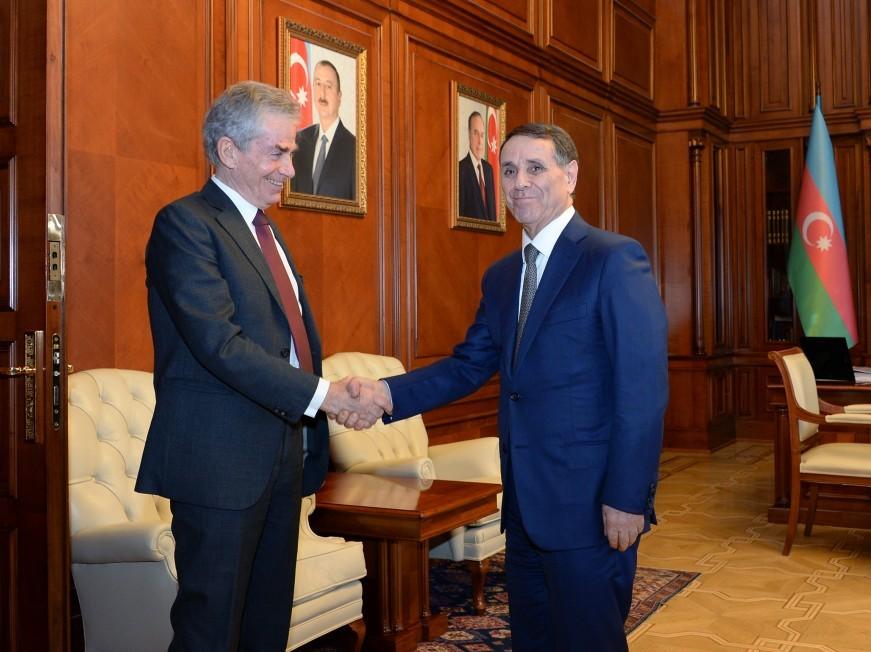 Novruz Məmmədov ATƏM-in Minskkonfransının ilk sədri ilə görüşüb