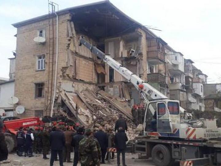 Найдены тела еще двух погибших при взрыве жилого дома в Гяндже, на место прибыл Кямаледдин Гейдаров - ФОТО – ВИДЕО - ОБНОВЛЕНО