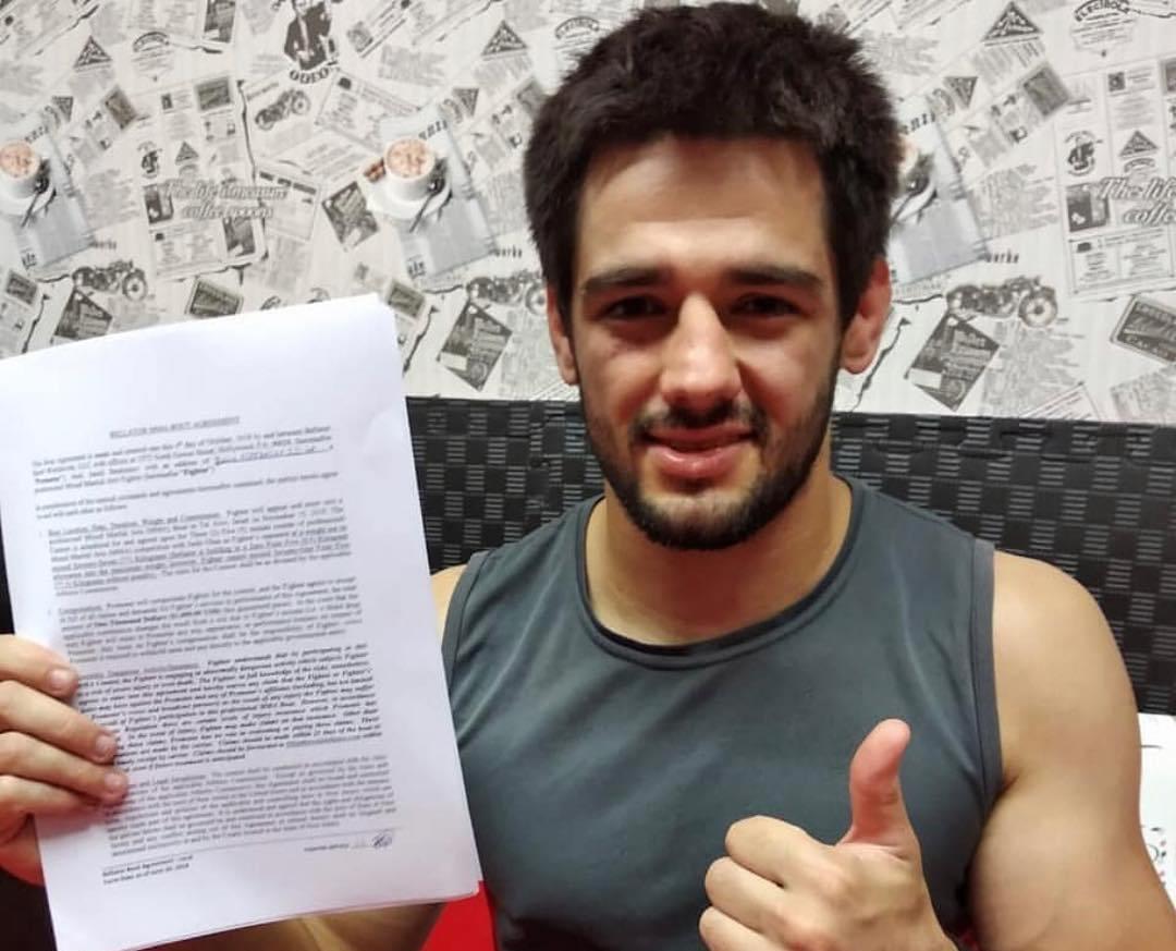 Azərbaycan döyüşçüsü tarixə düşərək nüfuzlu Bellatorda ilk qələbəsini qazandı – VİDEO