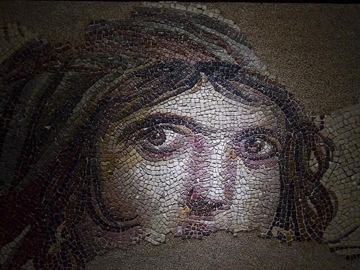 США вернули Турции вывезенные контрабандистами фрагменты античной мозаики