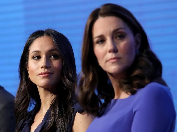 Королевская вражда: Меган Маркл довела Кейт Миддлтон до слез – ФОТО
