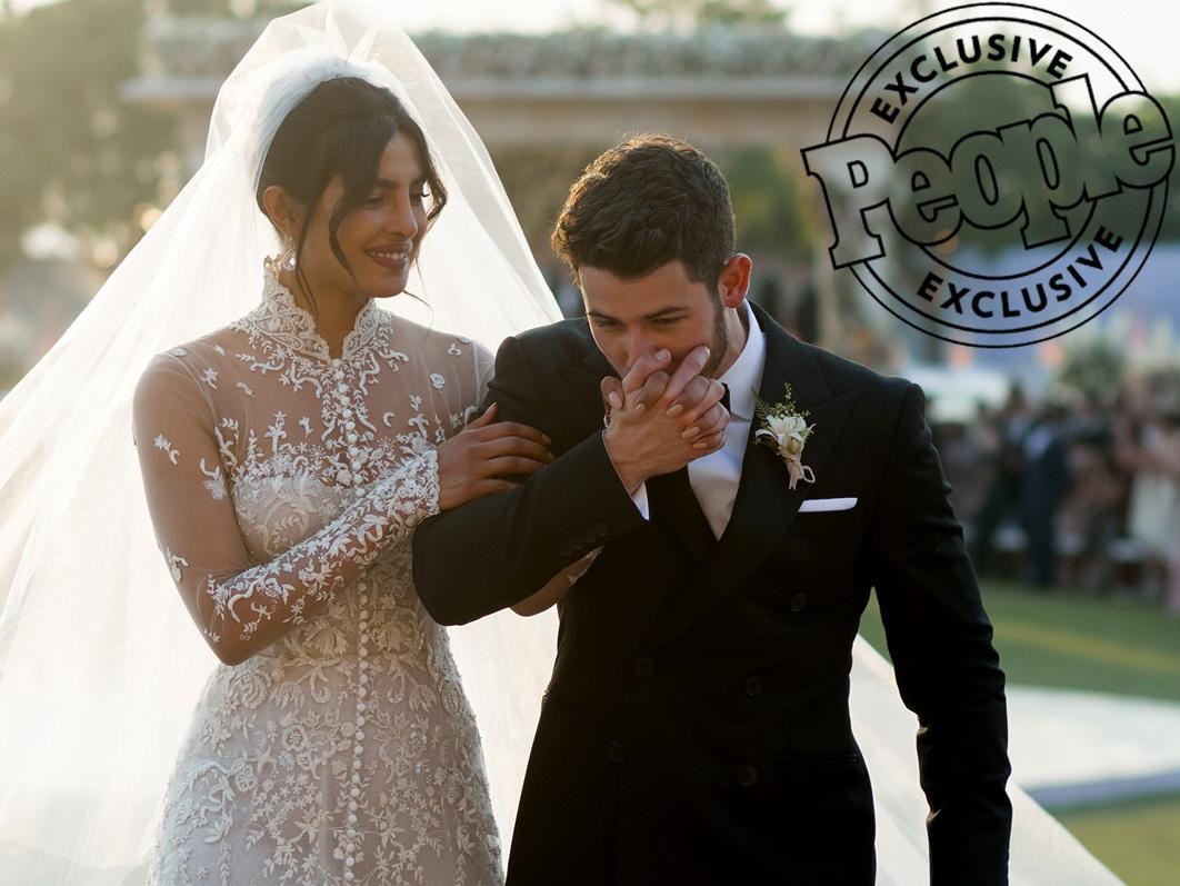 Love is in the air: официальные снимки с невероятной свадьбы Приянки Чопры и Ника Джонаса - ФОТО – ВИДЕО
