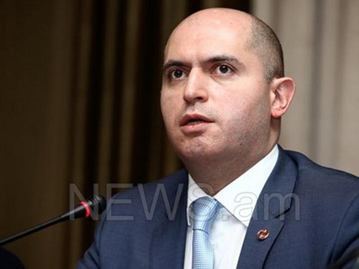 В Армении Никола Пашиняна обвинили во лжи