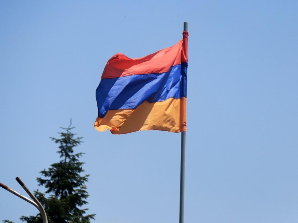 Массовые увольнения грозят сотрудникам министерств Армении после выборов