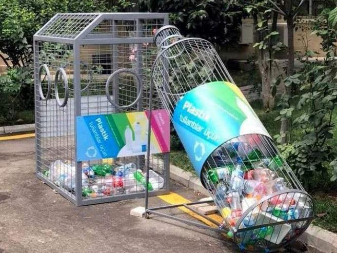 В 37 городах и районах республики для сбора пластиковых отходов размещены 136 контейнеров