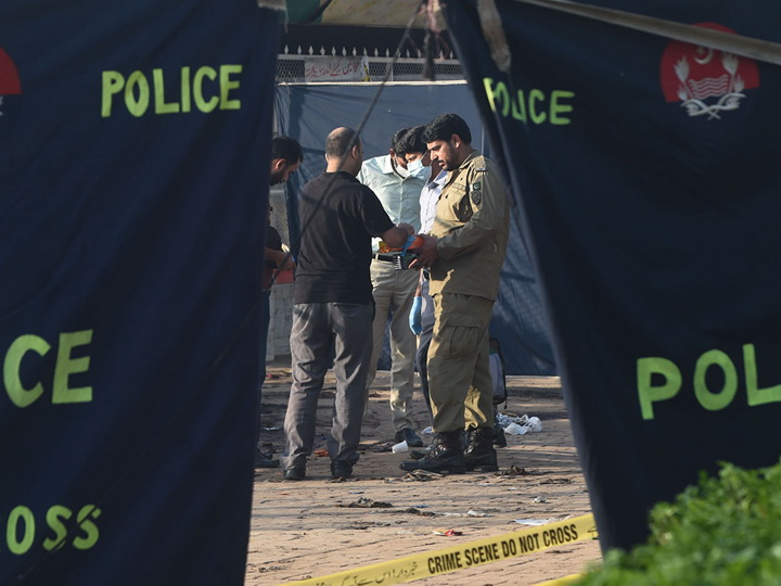 В Пакистане шестеро силовиков погибли в результате атаки на конвой