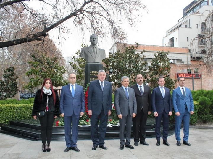 В Тбилиси состоялись конференция и выставка, посвященные 100-летию АДР, организованные Фондом Гейдара Алиева - ФОТО