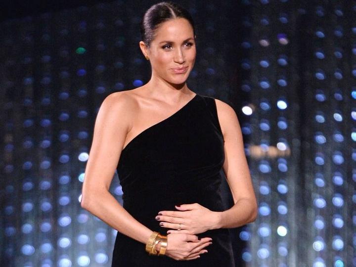 «Сложная герцогиня»: беременную Меган Маркл хотят выгнать из королевской семьи – ФОТО