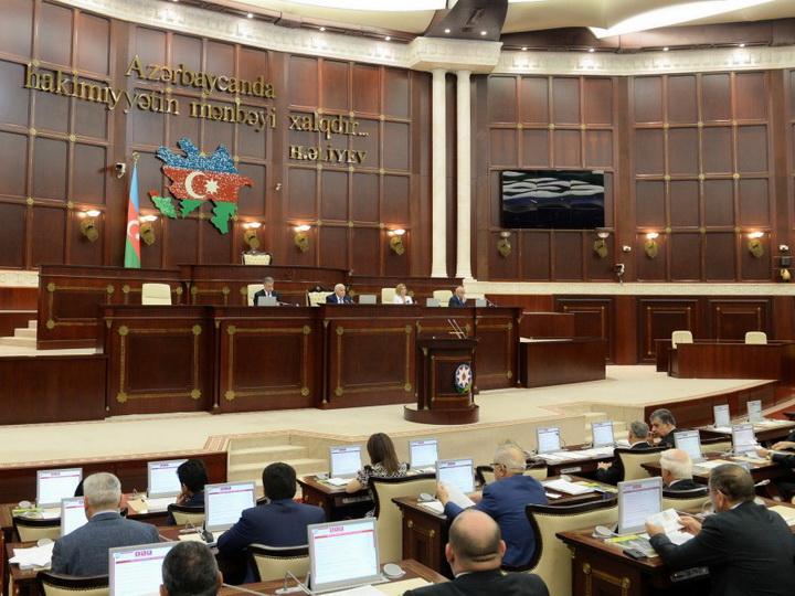 В парламенте выразили недовольство искусственным повышением цен на некоторые продукты