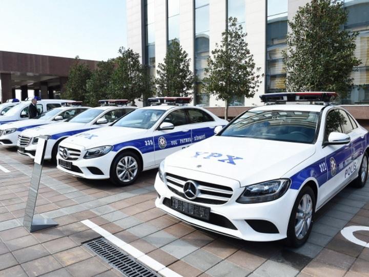 9 камер, встроенный радар, инфракрасное наблюдение: Новые авто Дорожной полиции начинают работать на дорогах Баку – ФОТО