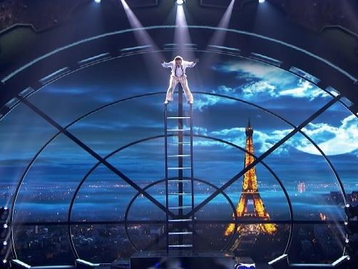 Акробат Узеир Новрузов вернулся на шоу «America's Got Talent», где показал сложнейший номер – ФОТО - ВИДЕО