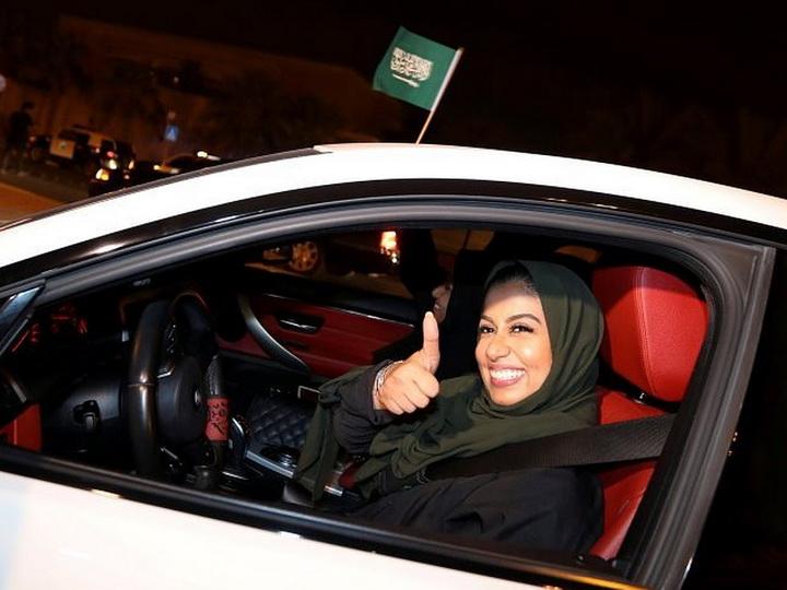 Более 40 тысяч женщин в Саудовской Аравии получили водительские права