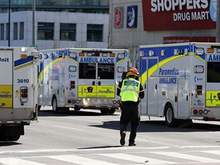 После наезда автобуса в Оттаве 14 человек оказались в критическом состоянии