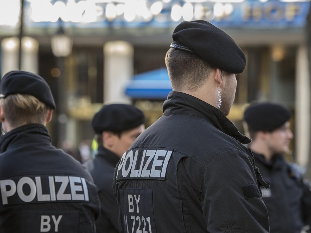 В Германии беженец из Афганистана напал с ножом на беременную женщину