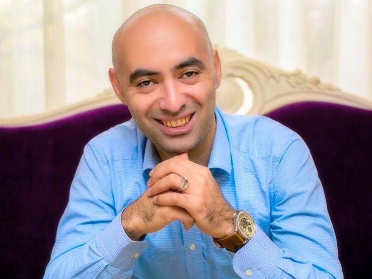 Зираддин Рзаев о многотысячных гонорарах в евро и недвижимости в Москве: «С валютой я не работаю…» - ФОТО
