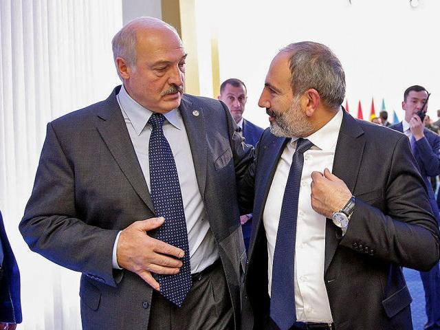 Лукашенко поздравил Пашиняна с назначением на пост премьера