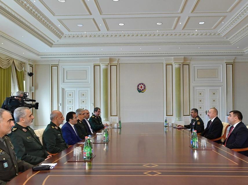 Президент Ильхам Алиев принял делегацию во главе с начальником Генштаба ВC Ирана