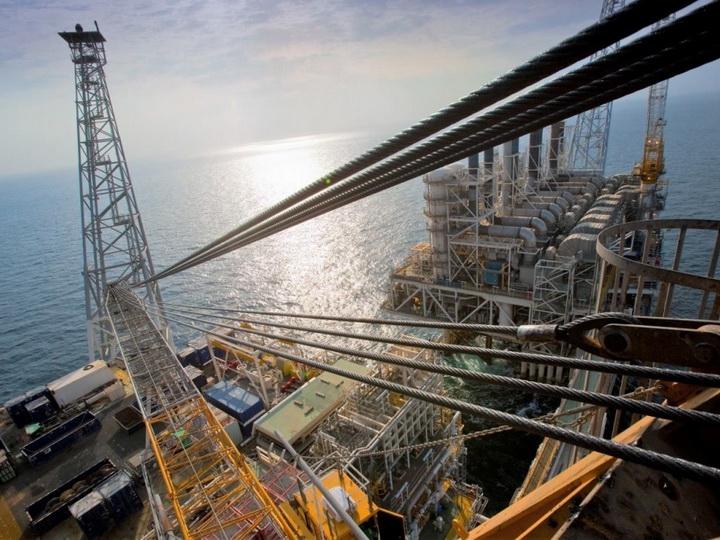 BP не планирует приостанавливать добычу нефти и газа, экспорт и бурение из-за сильного ветра