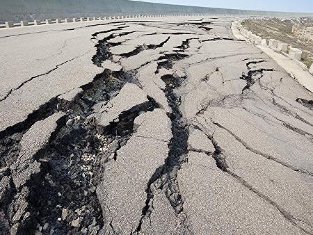 Из-за ухудшения погоды в Баку возможно землетрясение? - ОФИЦИАЛЬНО