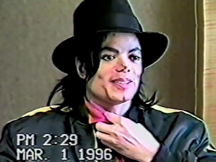Опубликовано шокирующее видео, в котором Майкл Джексон дает показания о растлении детей – ФОТО – ВИДЕО