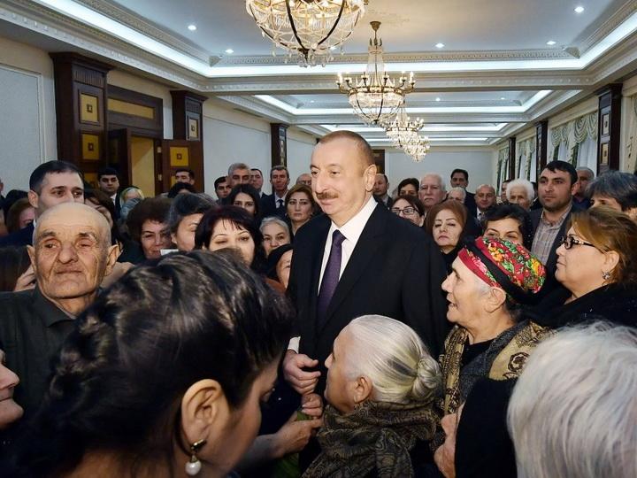 Отношение Президента Ильхама Алиева к обращениям граждан – пример для всех чиновников - ФОТО