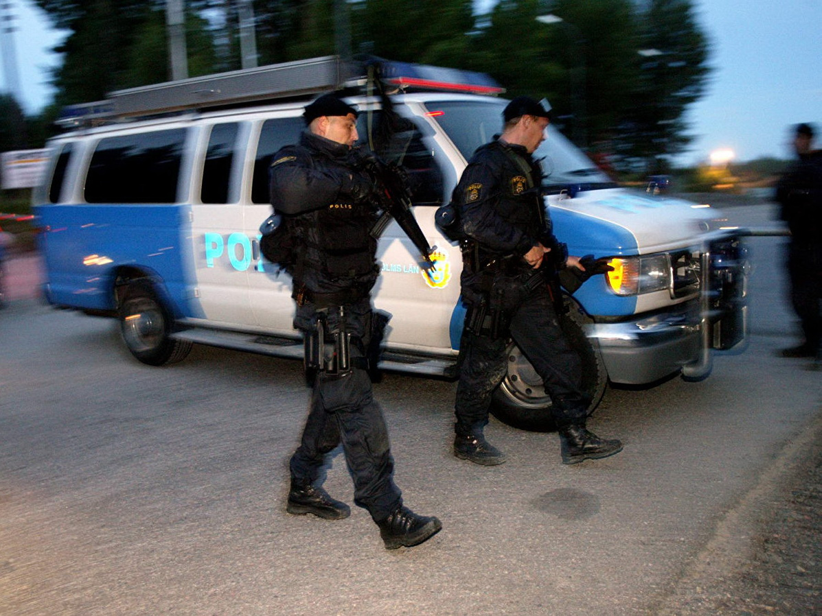 При взрыве в жилом доме в Стокгольме погиб один человек