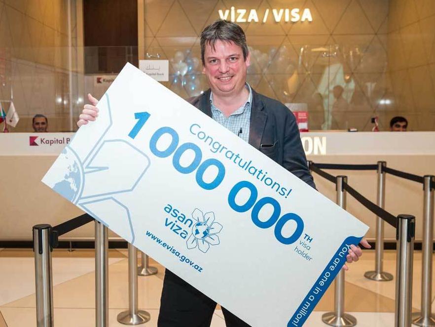Гражданин Франции получил миллионную визу ASAN – ВИДЕО