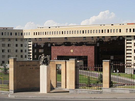 Минобороны Армении обвиняется в сокрытии факта гибели контрактника