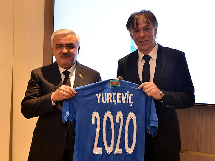 Стало известно, кто возглавит сборную Азербайджана по футболу – ФОТО