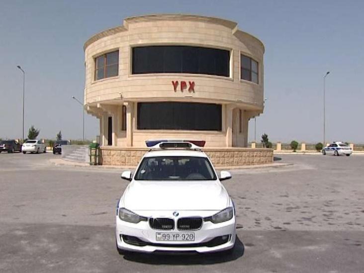 В Азербайджане женщина родила на посту Дорожной полиции – ВИДЕО