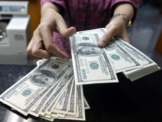 В судах около 200 тысяч дел, связанных с долларовыми кредитами