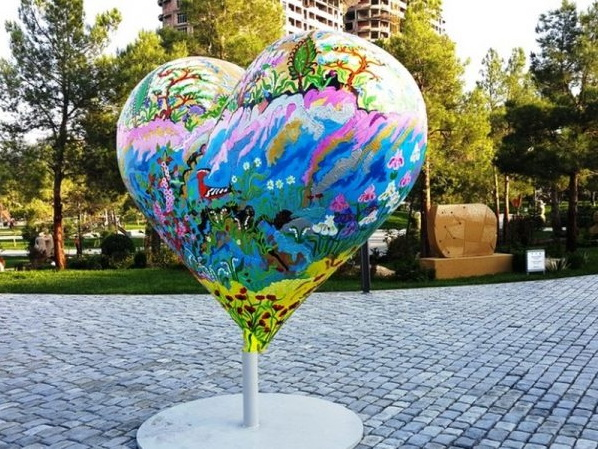 Баку вошел в топ-5 самых романтичных городов СНГ
