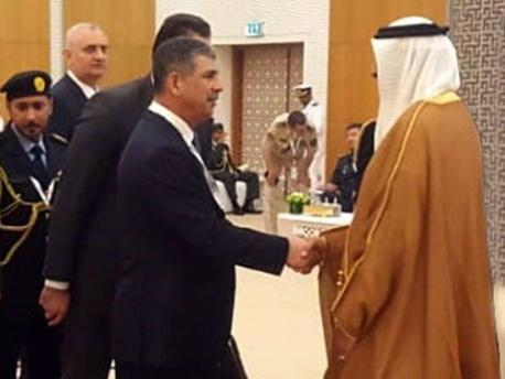 Министр обороны Азербайджана встретился с государственным министром ОАЭ по вопросам обороны